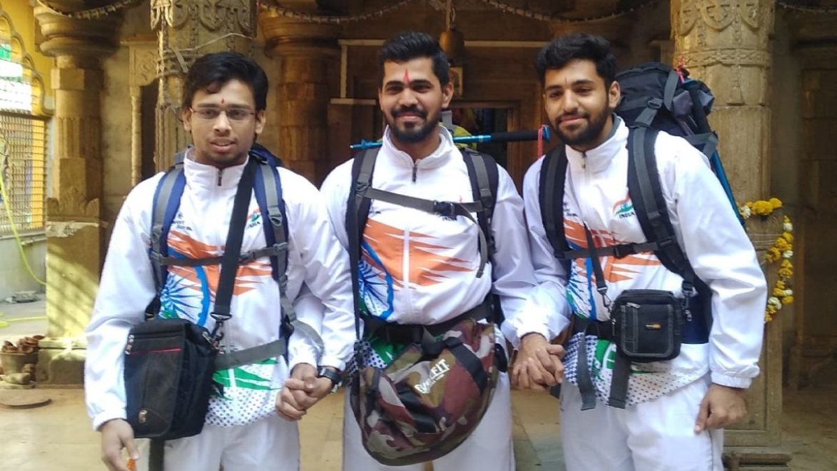DHAR: 3 Kukshi youths head to Siachen on adventure trip