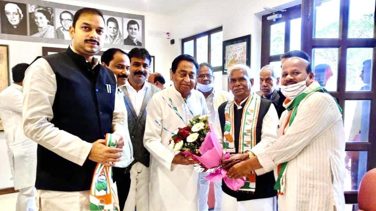 Madhya Pradesh: Hindu Mahasabha leader and 'Godse supporter' Babulal Chaurasia joins Congress