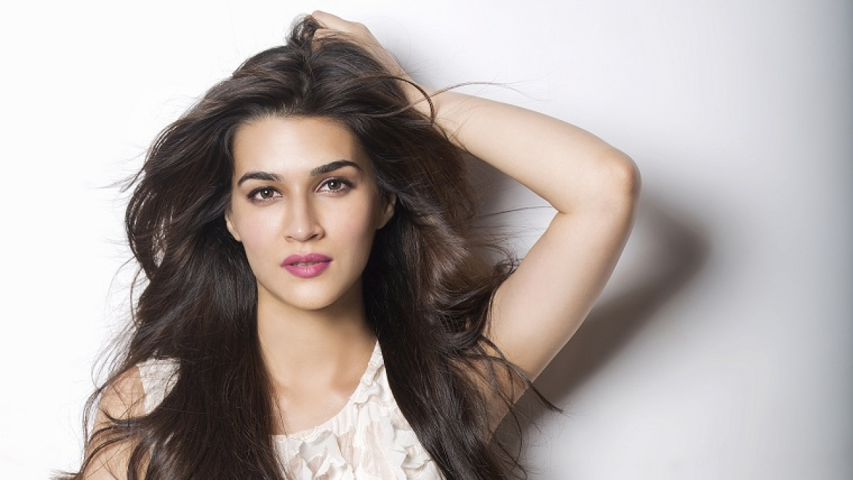 'You can't be cautious and still move ahead in career': Kriti Sanon on upcoming releases