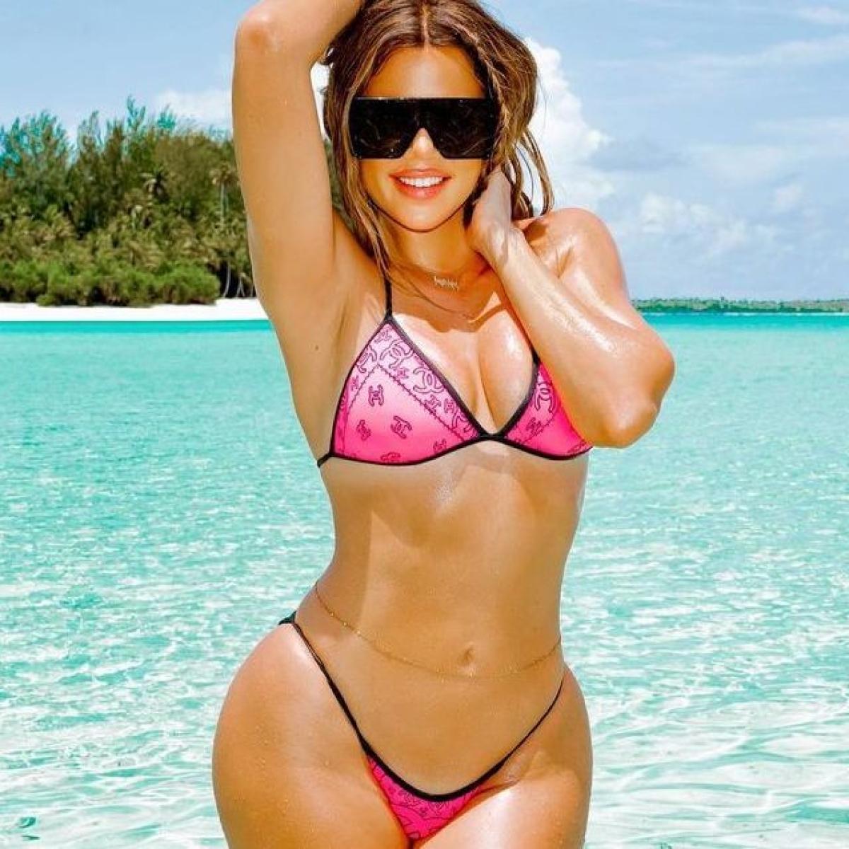 Khloe Kardashian flaunts hourglass body in a tiny bikini on exotic vacay