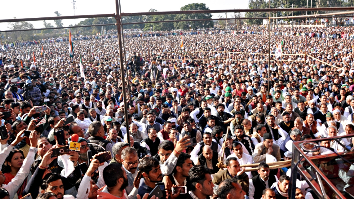 A large number of farmers and their supporters gather during the Kisan Mahapanchayat in Shamli on last Friday.
