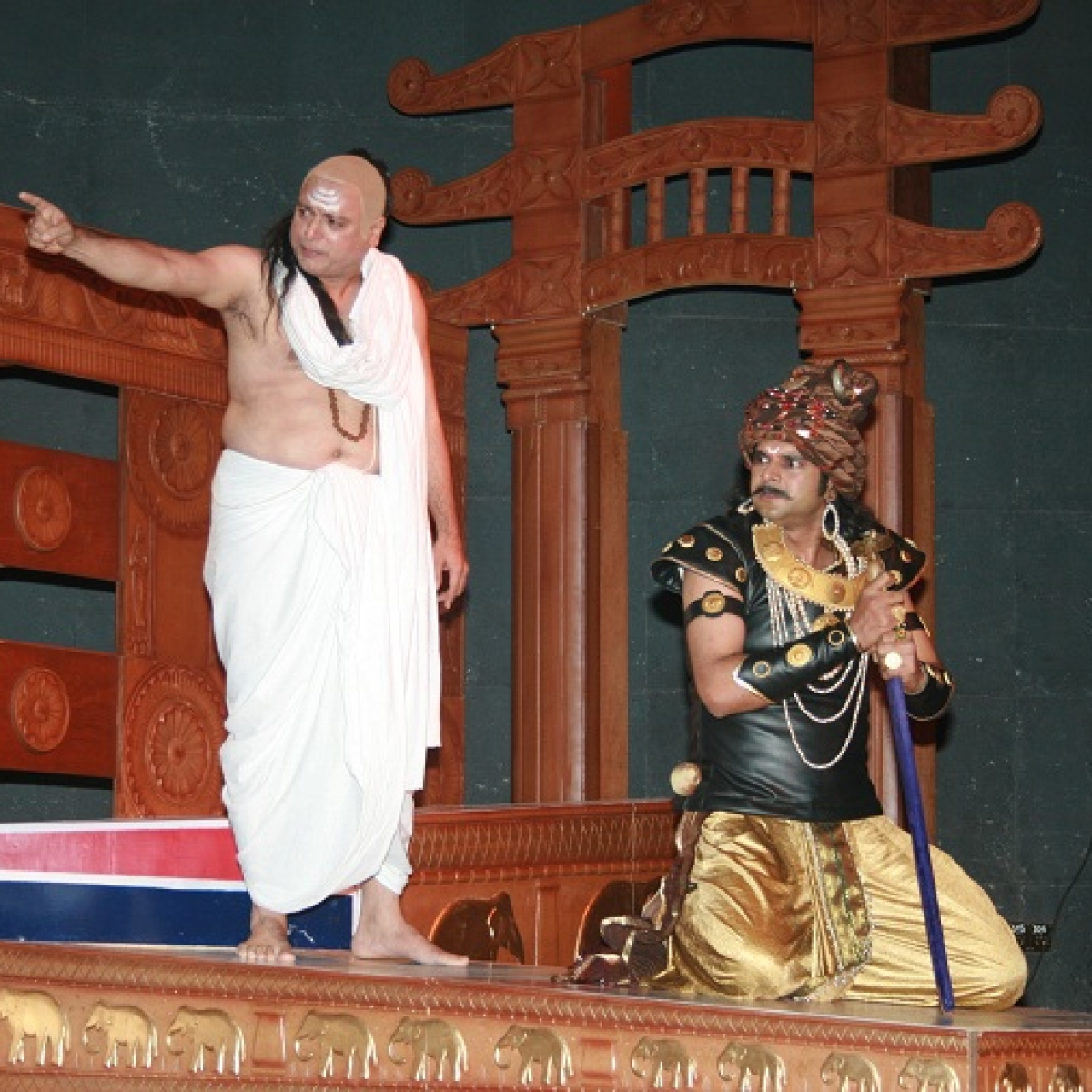 Actor Manoj Joshi takes a nostalgic trip while speaking about his play 'Chanakya'