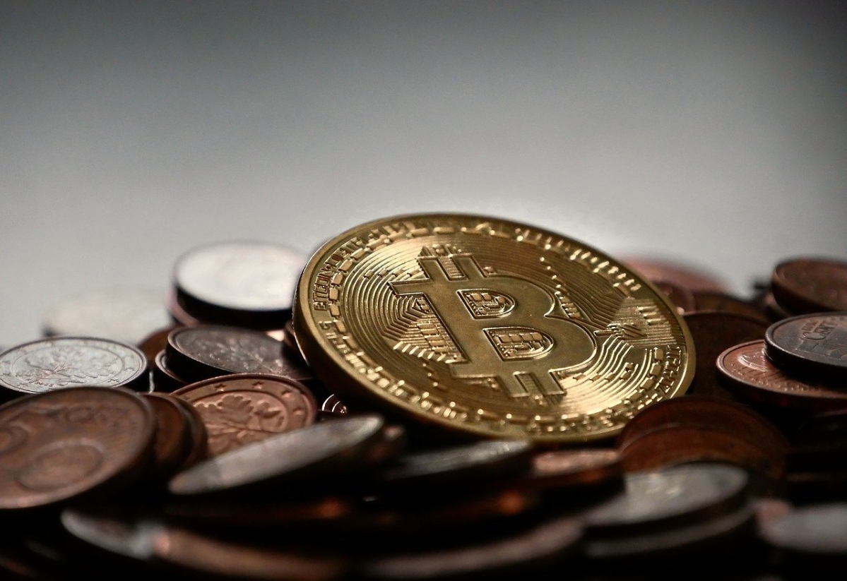 Bitcoin valuation surged by $3,000 to touch $61,065 in three hours; over predication that BTC may rally to $4,00,000 in 2021