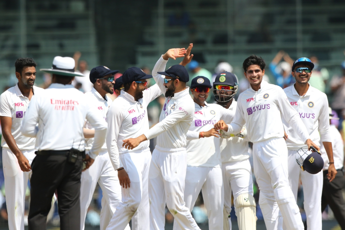 IND vs ENG, 2nd Test: India spinners leave England gasping at 106/8