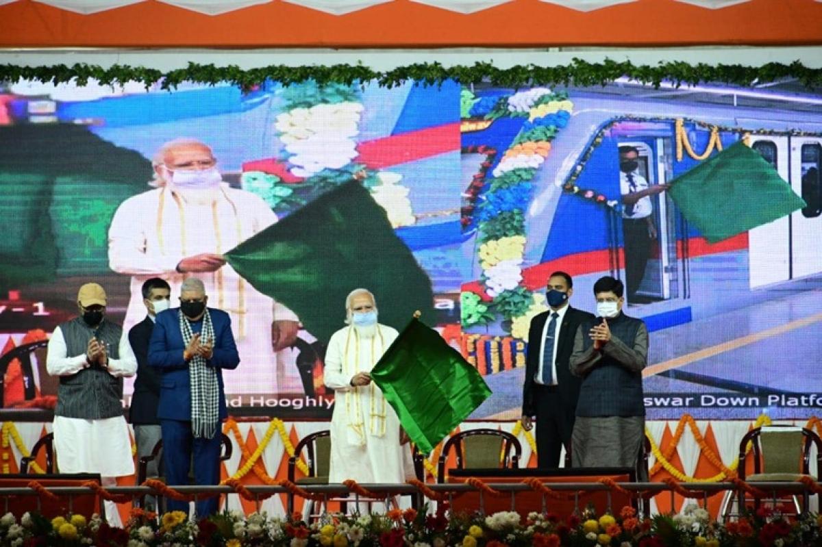 West Bengal: TMC- BJP slugfest over Dakshineswar Metro service