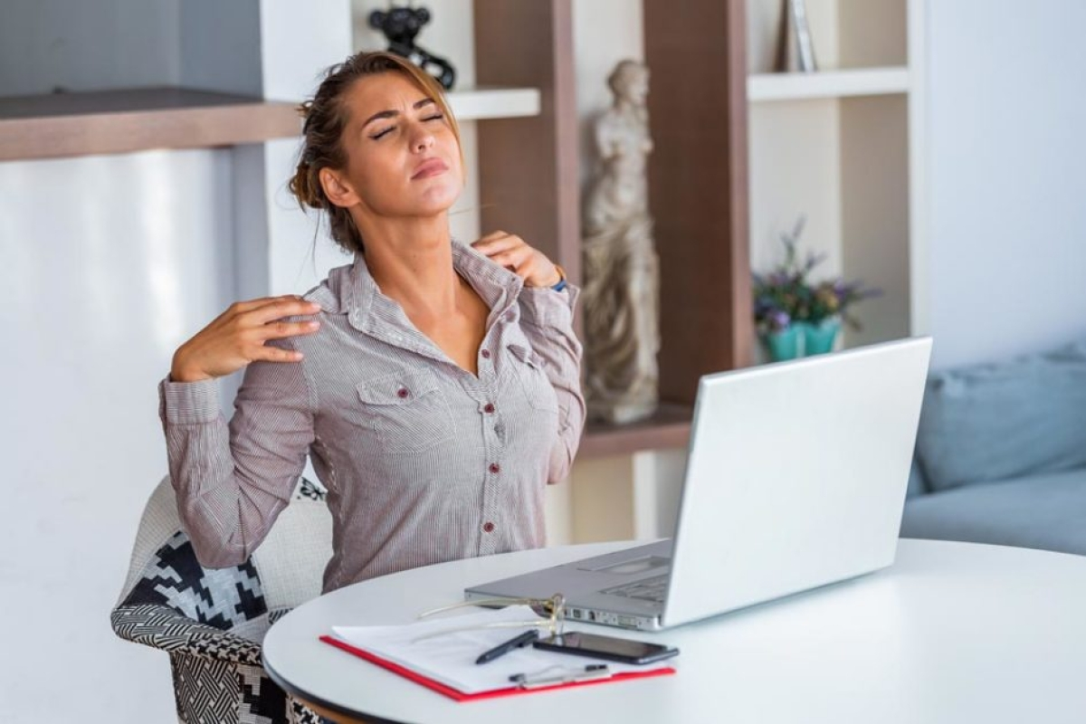 9 out of 10 office workers are facing health problems, thanks to Work From Home