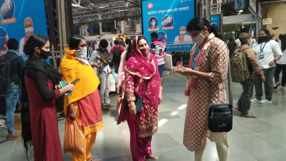 1.58 lakh cases of ticketless / irregular travel detected on Central Railway