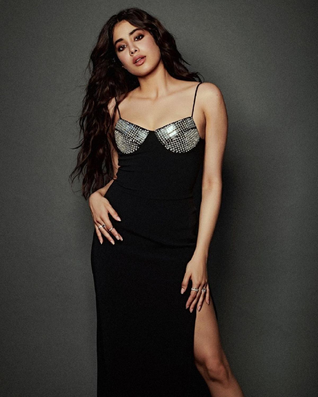 In Pics: Janhvi Kapoor exudes glamour in black thigh-high slit dress worth Rs 1.2 lakh