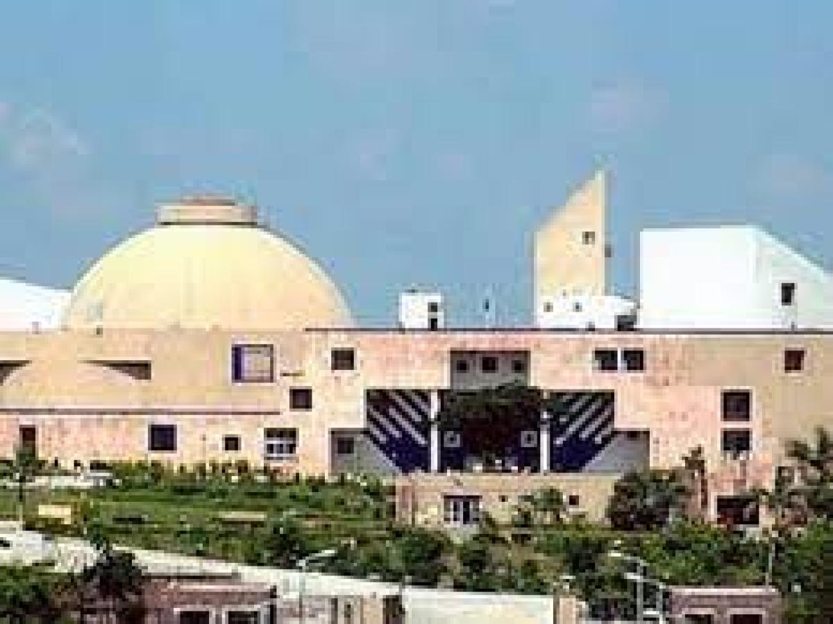 Madhya Pradesh Assembly: Uproar on farm loan waiver, Congress members walk out