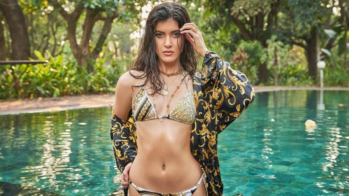 Karan Johar launches Shanaya Kapoor for her first film as an actress under Dharma Cornerstone Agency
