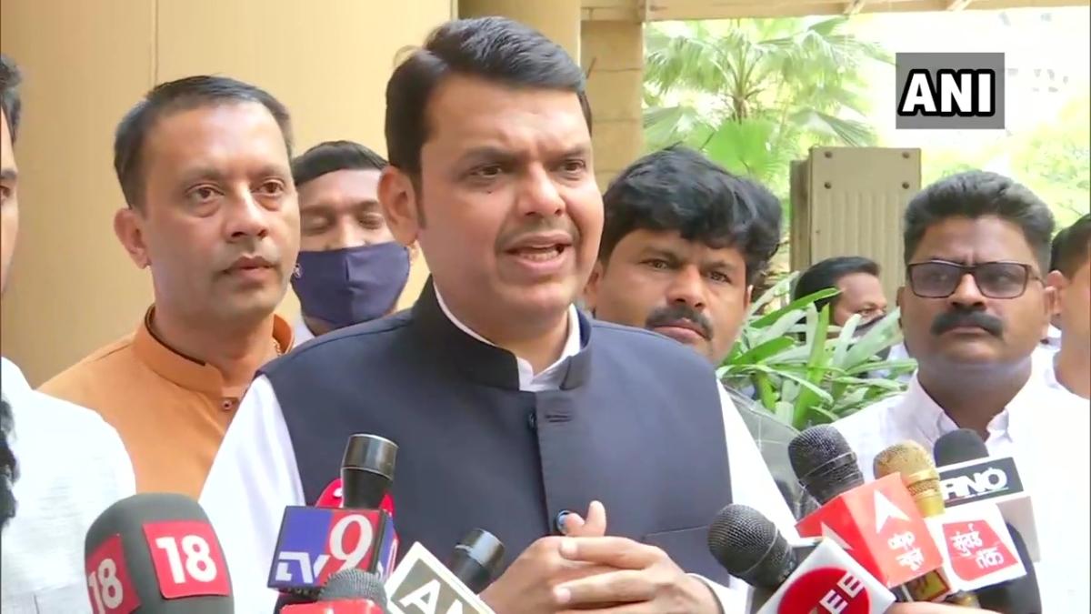 Mumbai: BMC is suppressing COVID-19 death toll, says Devendra Fadnavis