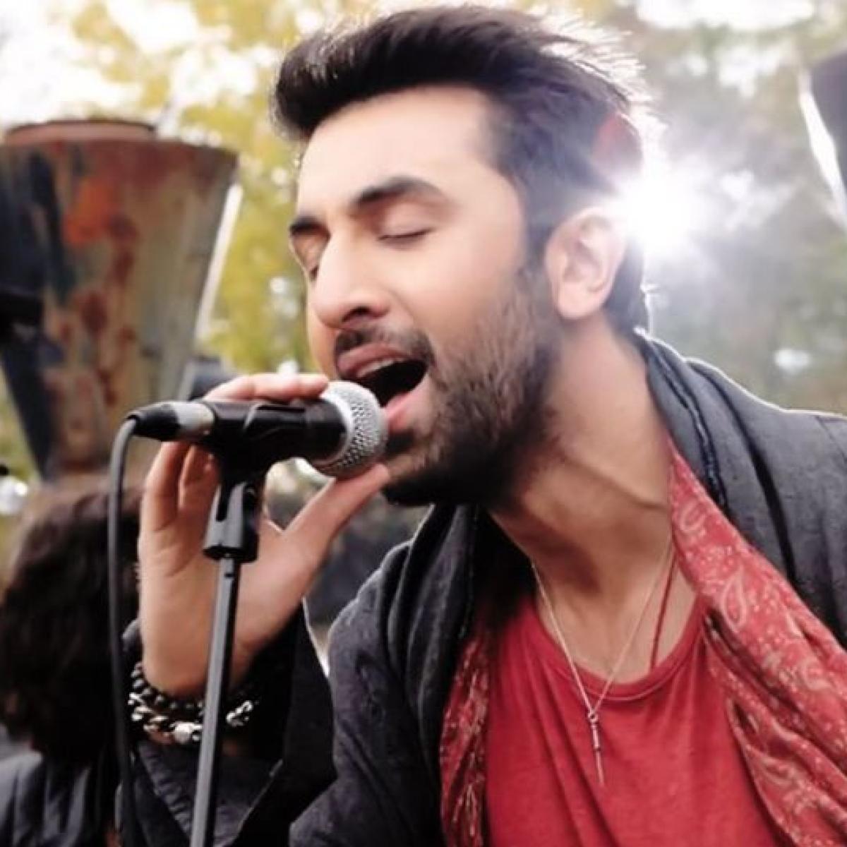Watch: When Ranbir Kapoor's singing teacher called him tone-deaf and said, 'unse naa ho payega'