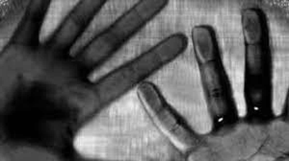 Bhopal: Man hits son with iron rod as he objects to his extra marital affair