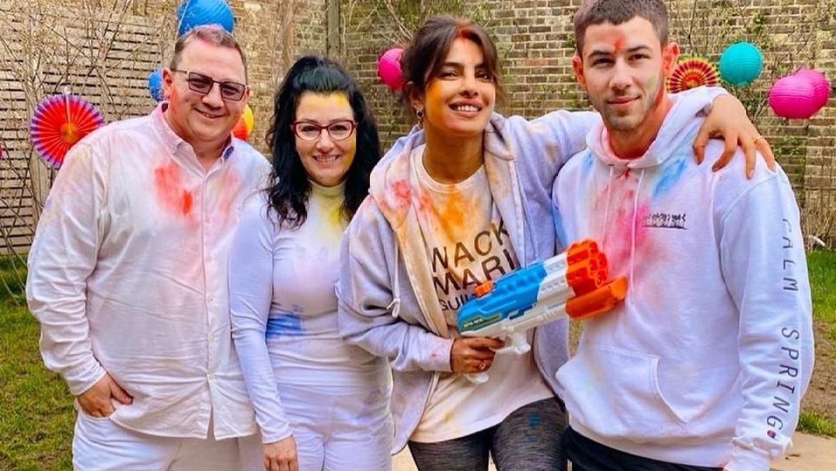 In Pics: Priyanka Chopra celebrates Holi 2021 with Nick Jonas and his parents in London