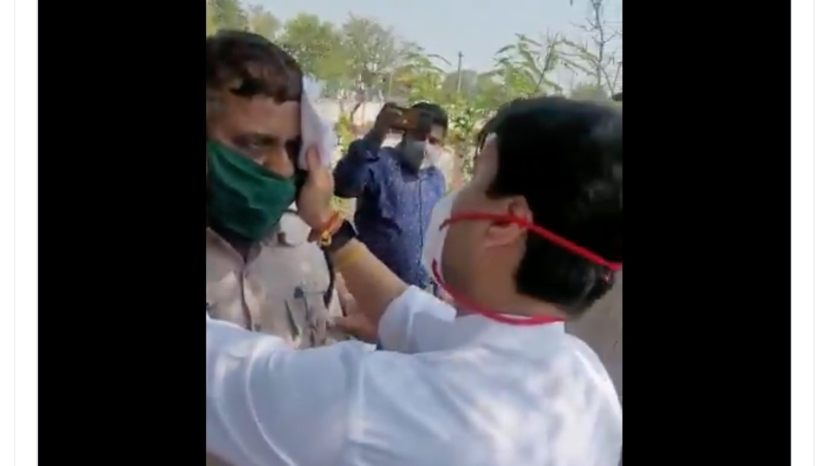 Watch: Jyotiraditya Scindia helps injured cop assisting his convoy in Bhopal, orders timely medical care
