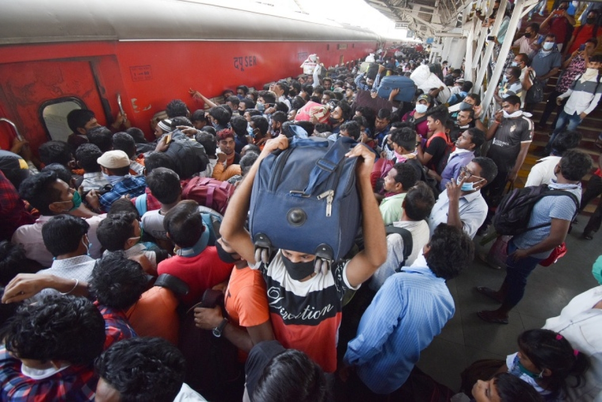 COVID-19: 12 special trains to run from Mumbai and Pune to Bihar for migrants