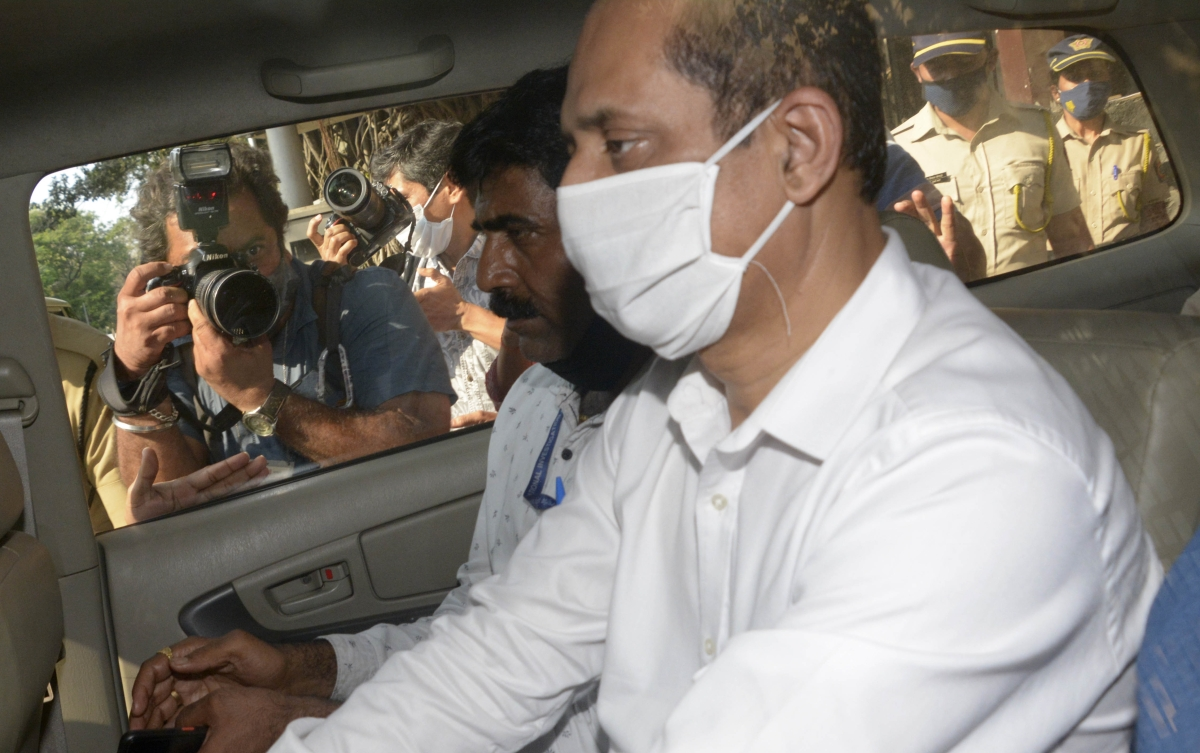 Antilia bomb scare probe: Sachin Vaze admitted to planting explosives to become super cop, says NIA sleuth