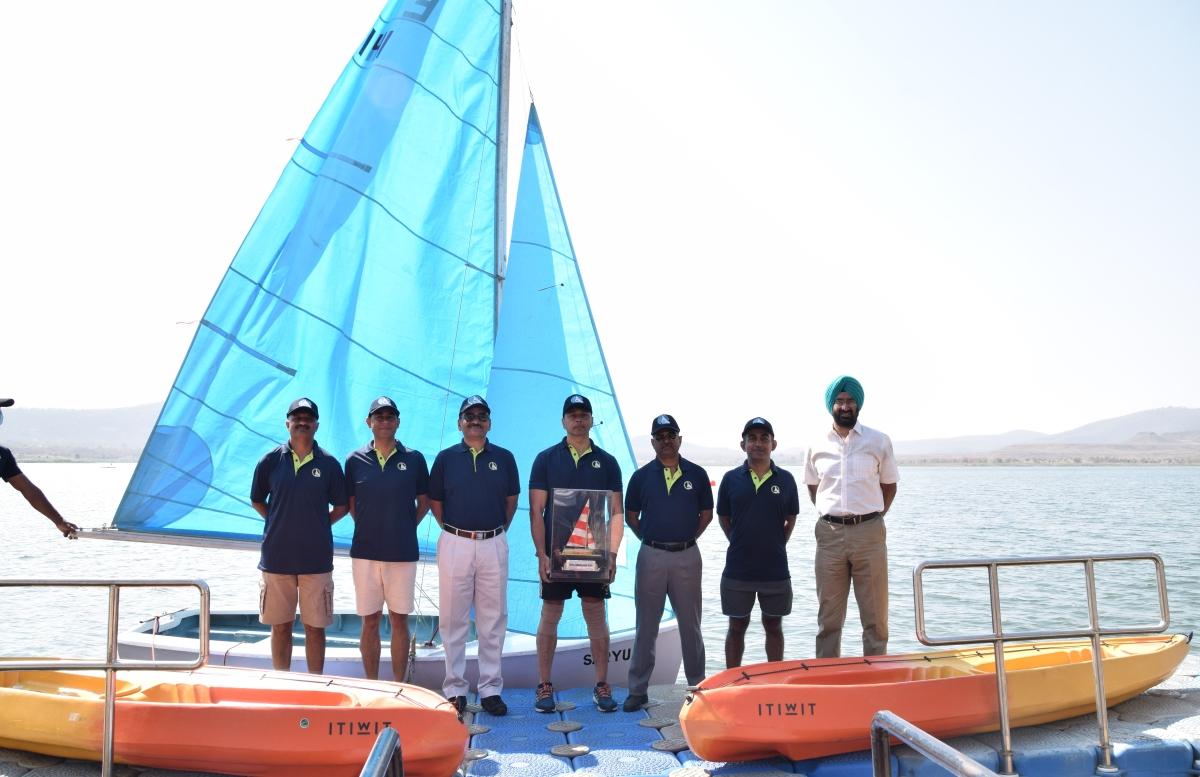 Indore: Army War College winners of 17th Sailing Regatta held at Berchha Lake