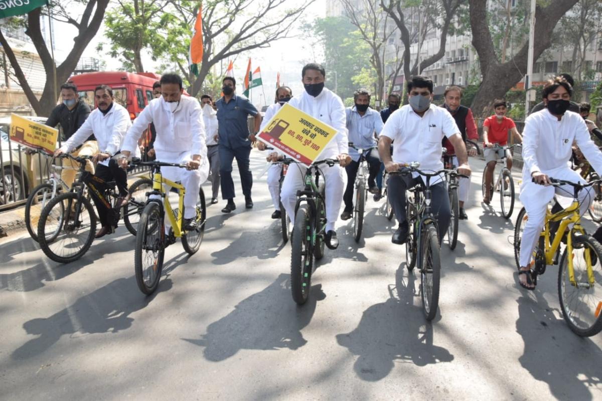 Mumbai: Congress MLAs take out bicycle rally to Maharashtra Vidhan Bhavan