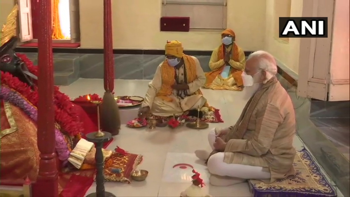 PM Modi offers prayer at centuries-old Jeshoreshwari Kali temple in Bangladesh; slated to hold meeting with Sheikh Hasina later today