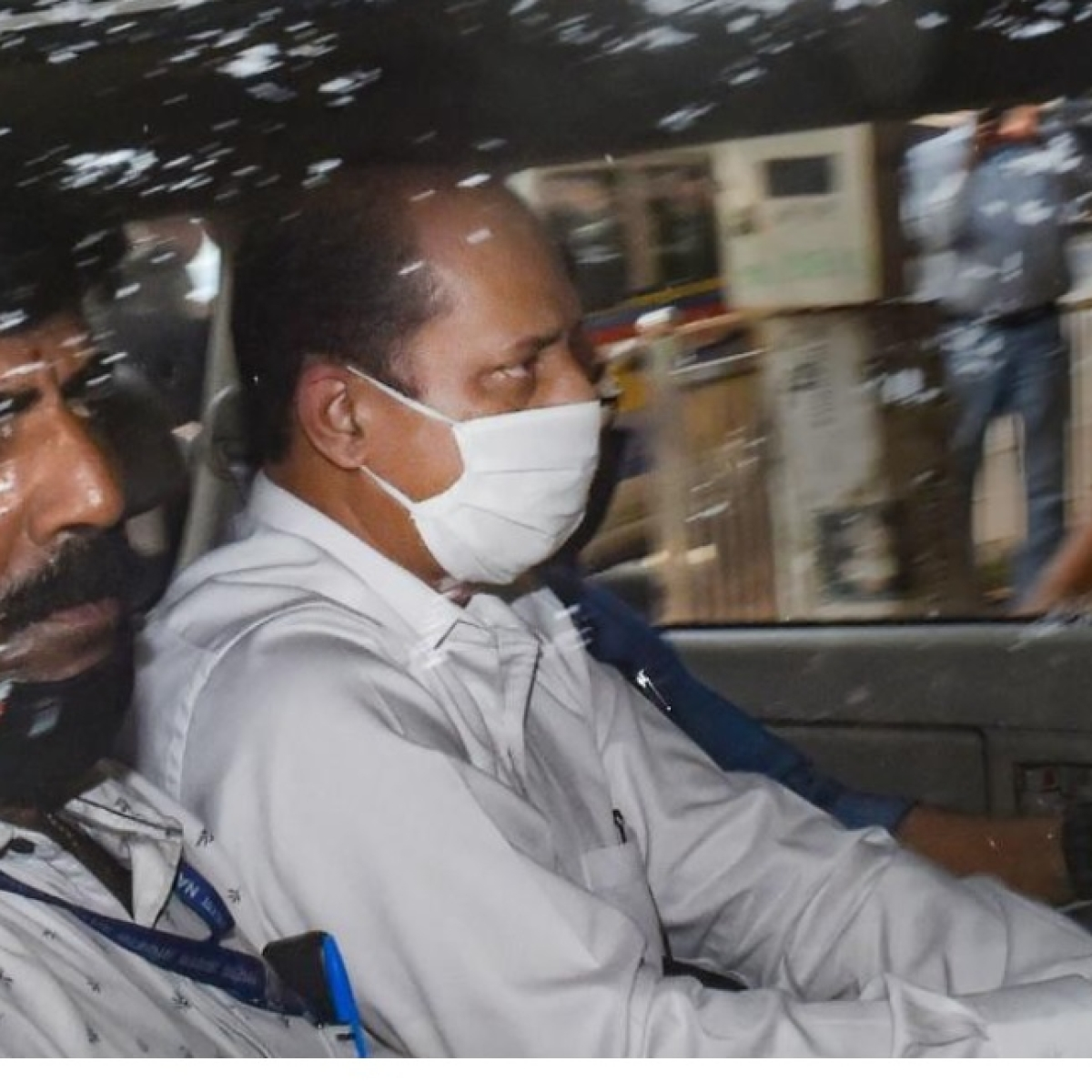 Mumbai: Sachin Vaze tested negative for COVID-19, to be kept in quarantine for 14 days