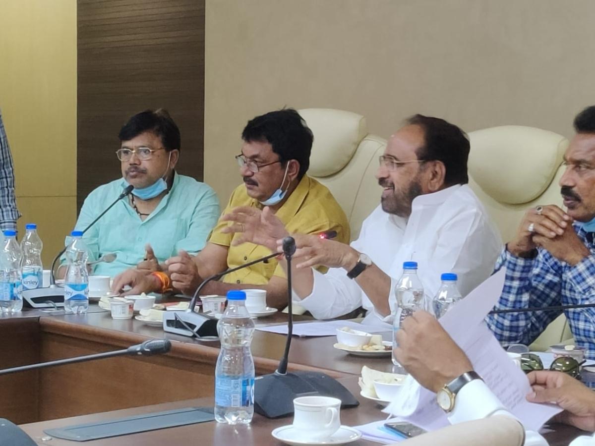 Bhopal: Self-financed schemes should be prepared to make MP Aatmanirbhar: Bhargava