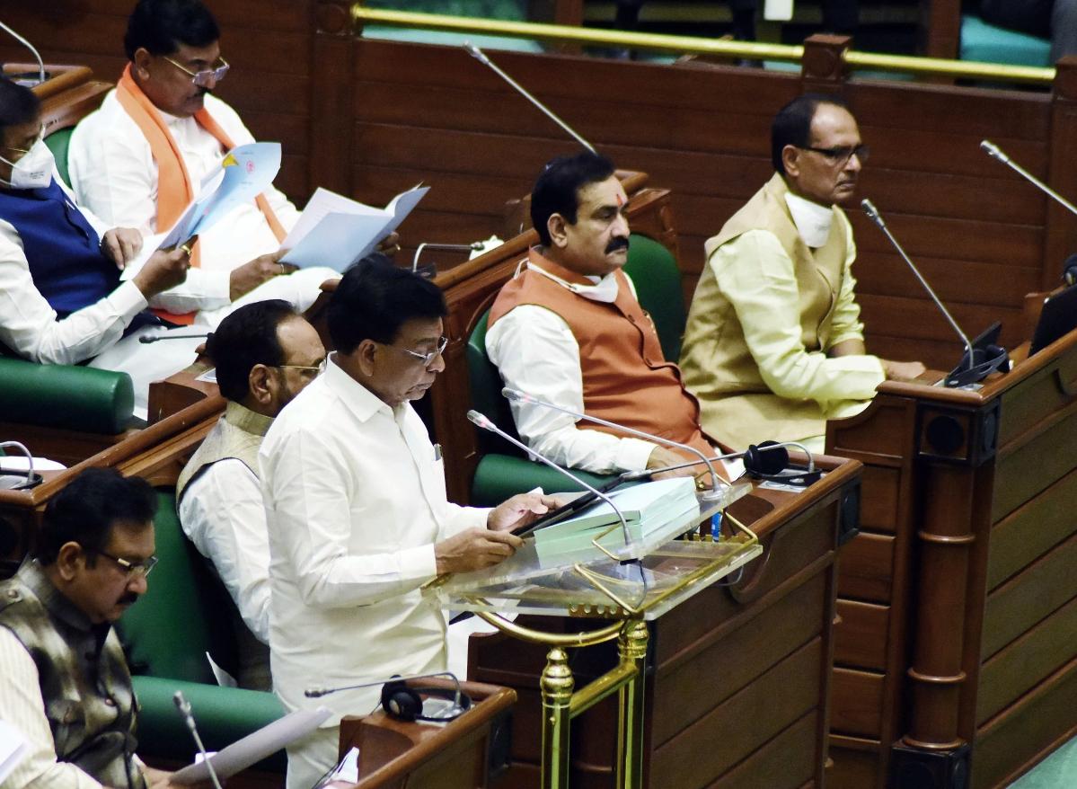 Madhya Pradesh budget 2021-22 : Traders cheer no new tax; no VAT slash on fuel a damper