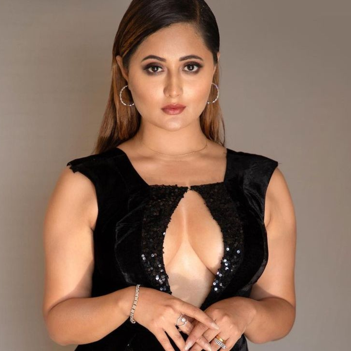 Rashami Desai stuns in a risqué black dress; says, 'many won't get the new me'