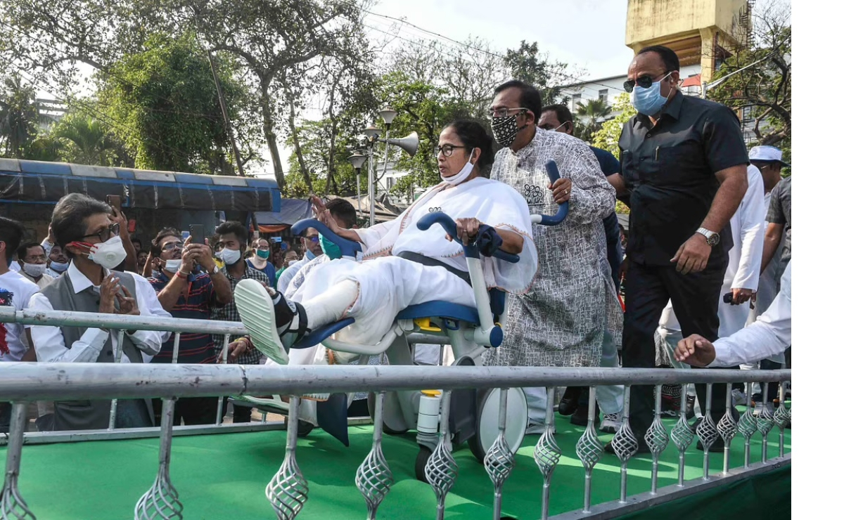 Mamata is now seeking out Ma - Ma Durga, Ma Chandi, writes Robin Roy