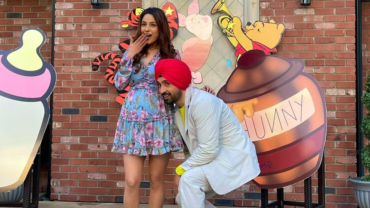 Shehnaaz Gill flaunts baby bump in Diljit Dosanjh's 'Honsla Rakh' release date announcement
