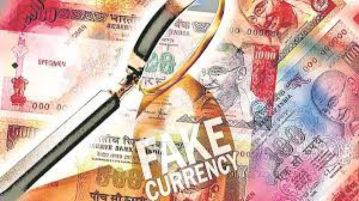Madhya Pradesh fake currency case:   Gujarat police bring accused to Ratlam, conduct joint search at couple's house