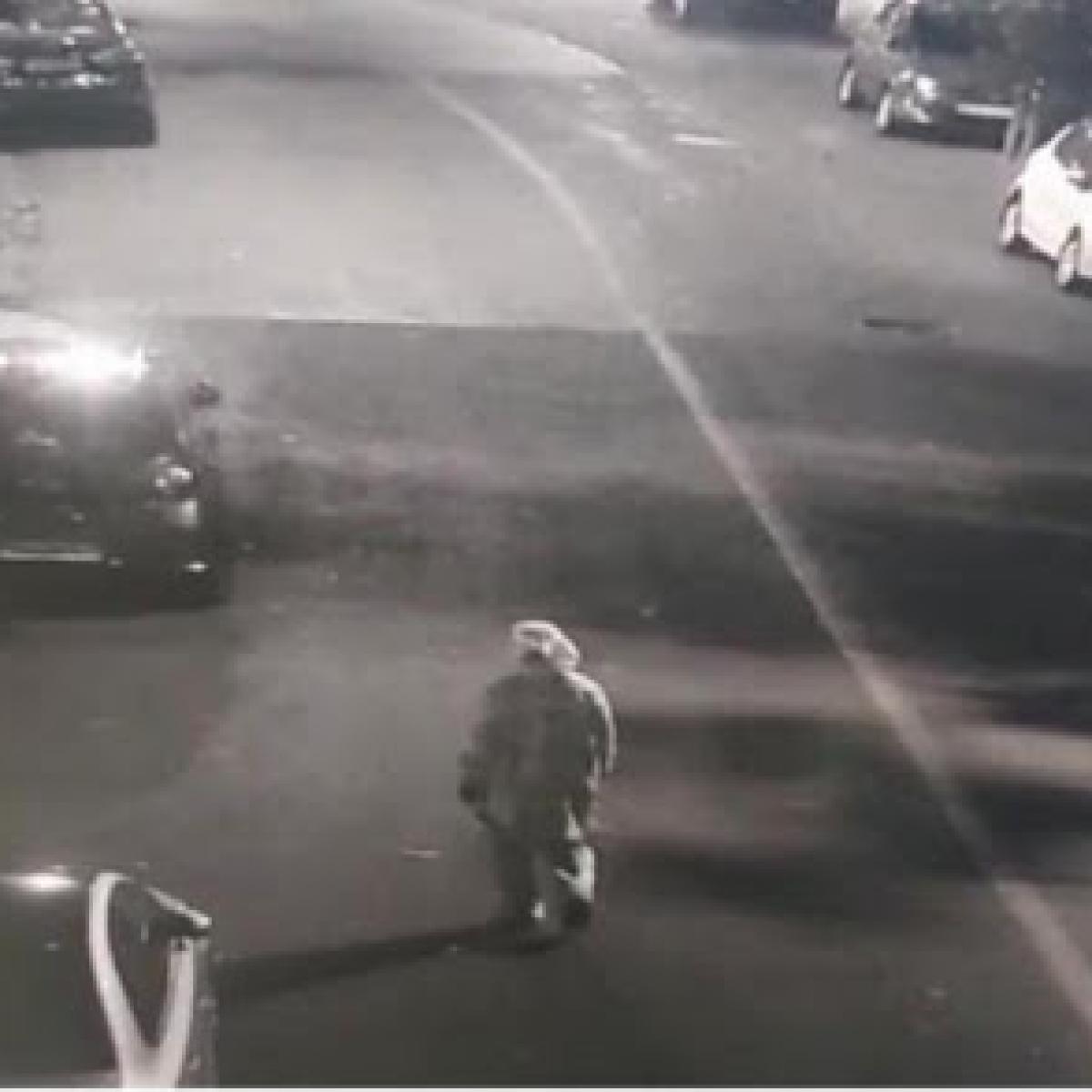 Antilia bomb scare case: In CCTV footage, Sachin Vaze seen wearing oversized kurta-pajama, not PPE coverall, says NIA