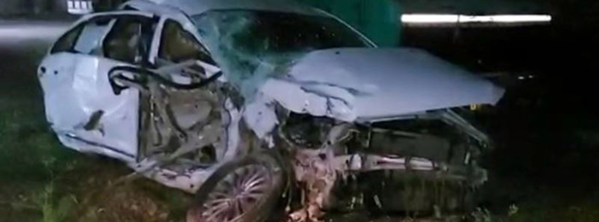 Bhopal: Two killed, four injured in auto-dumper collision