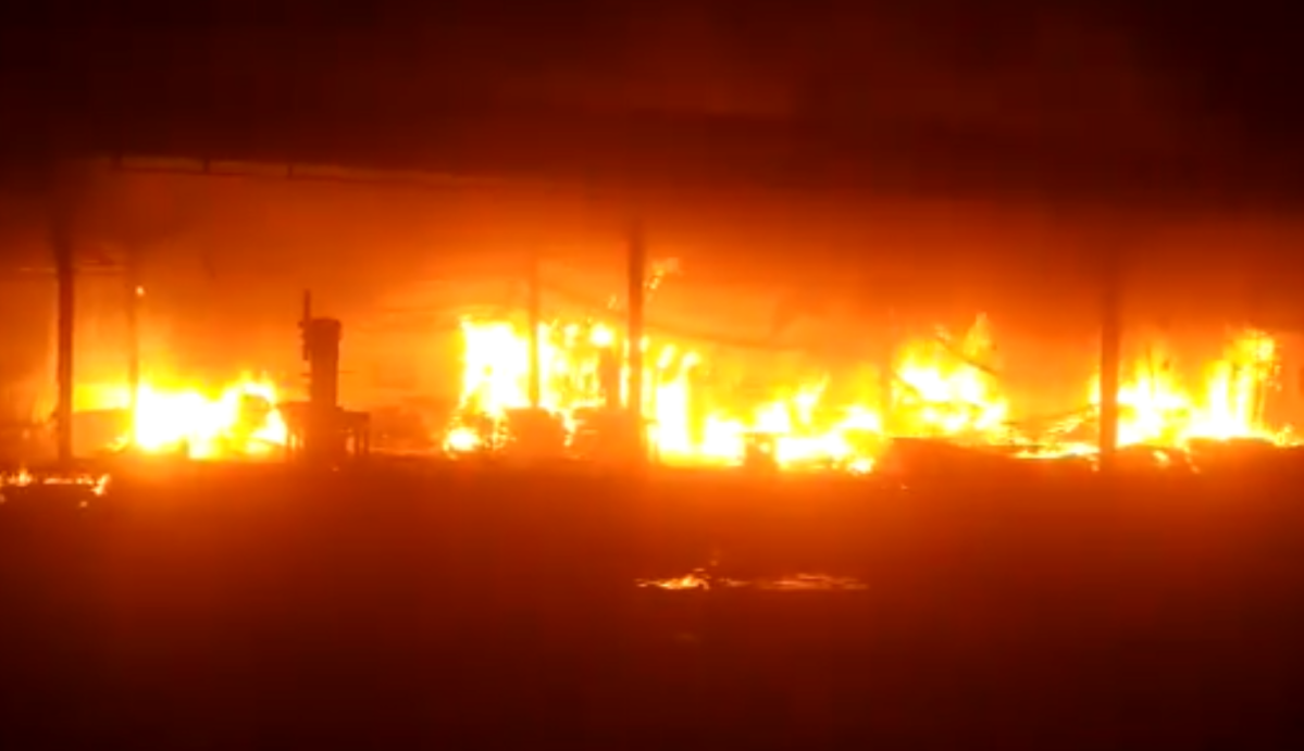 Major fire breaks out at a godown in Bhiwandi