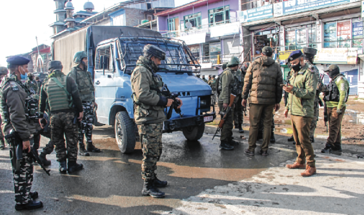 CRPF officer killed, 3 jawans injured in militant attack on outskirts of Srinagar