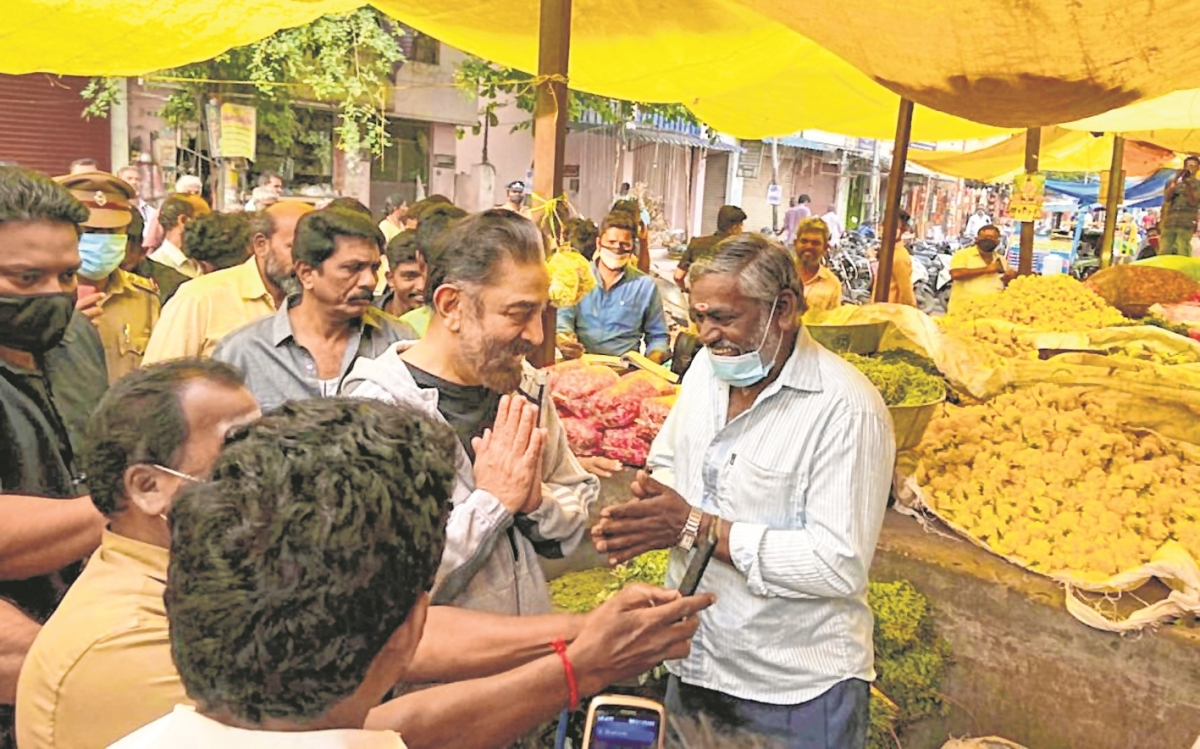 Elections bring stars from caravans to streets in Tamil Nadu