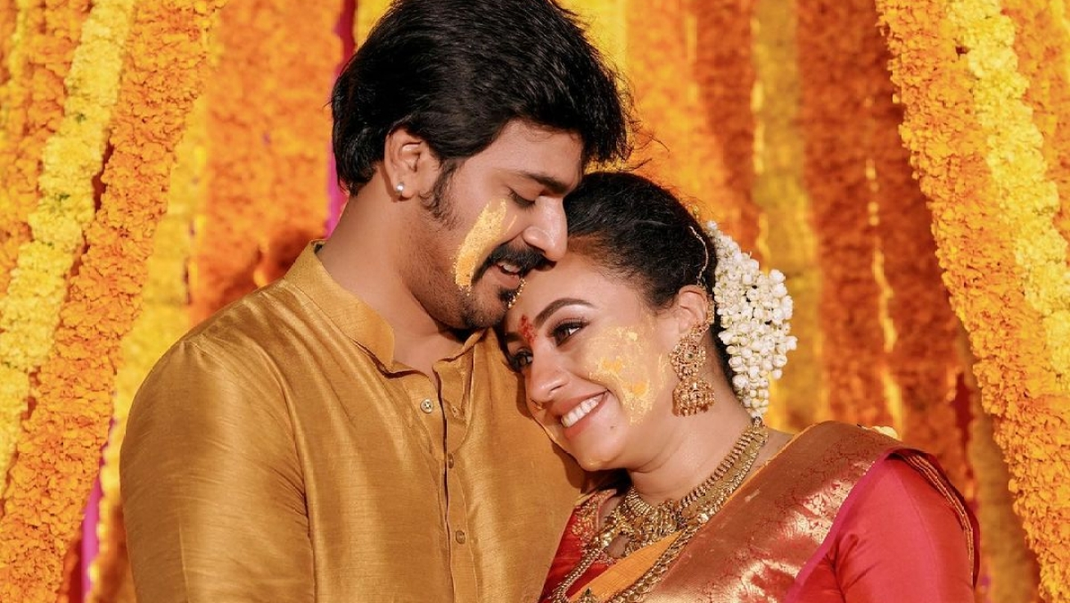 'Ludo' actress Pearle Maaney welcomes first child with husband Srinish Aravind