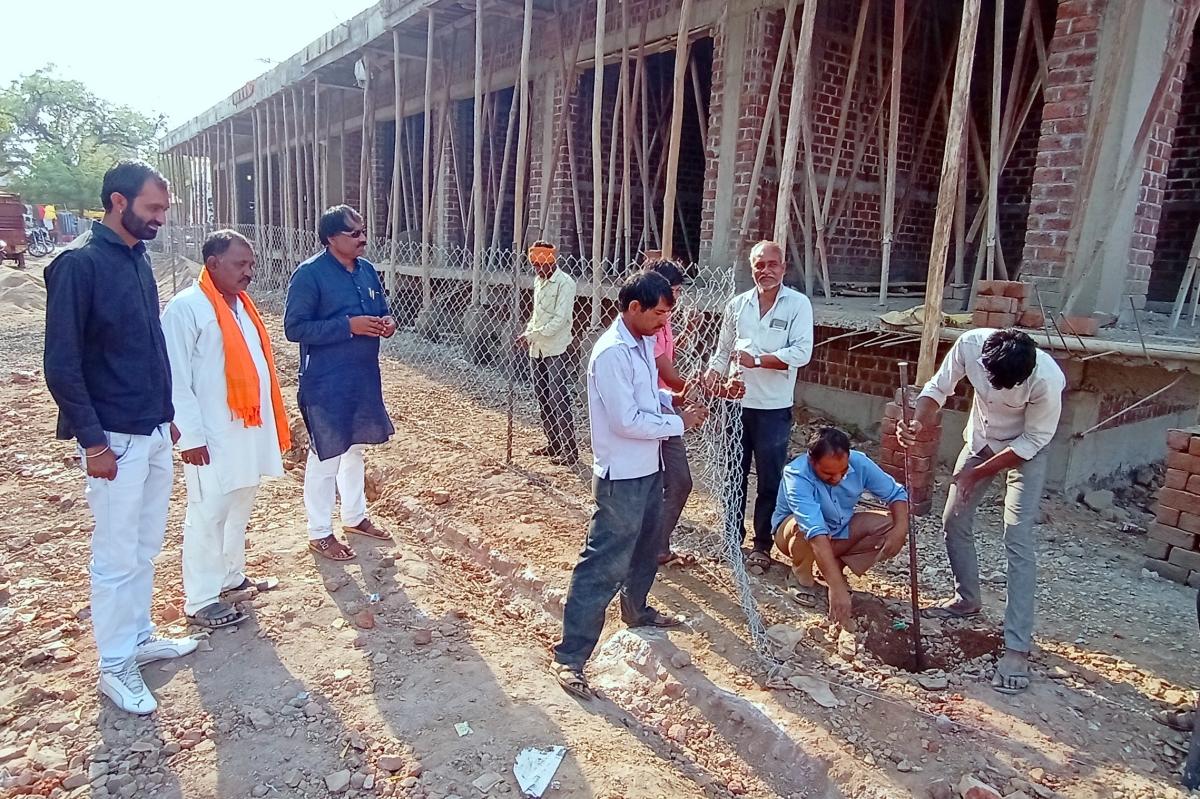 Khargone: Municipal areas demarcated, fenced in Bhikangaon to start new construction