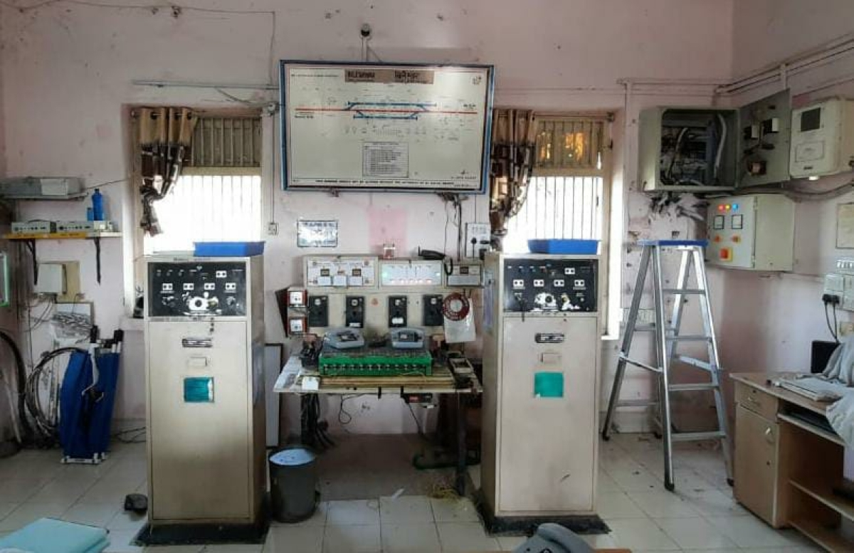 Western Railway installs electronic interlocking system to ensure best safety aspects of rail travel