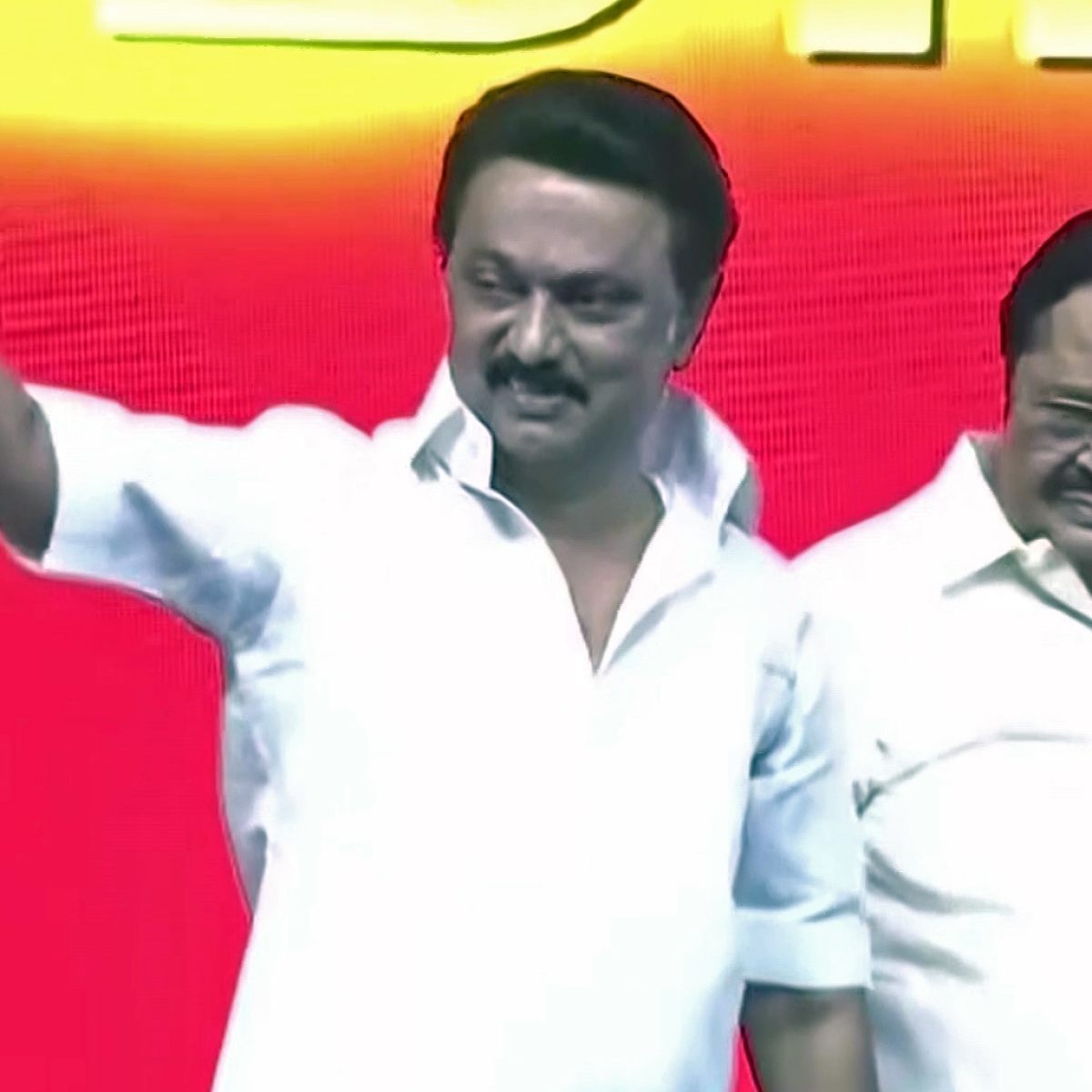Tamil Nadu polls: DMK president Stalin promises Rs 1,000 cash aid for housewives if voted to power