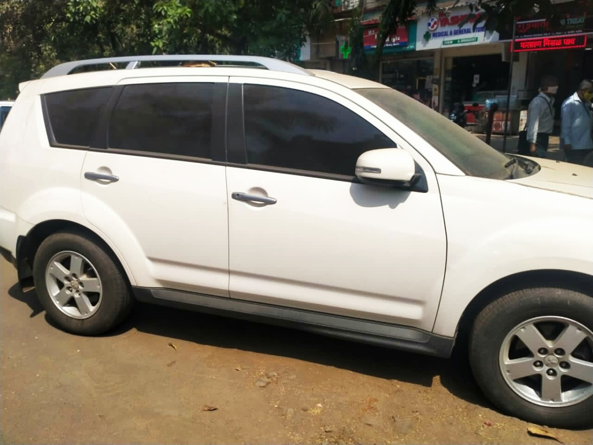 Mumbai: NIA traces Mitsubishi Outlander earlier owned by Sachin Vaze to Kamothe