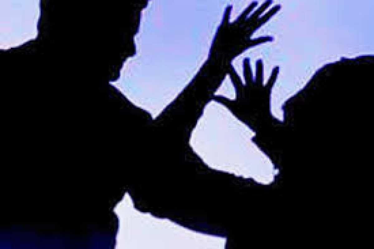 Bhopal: Jilted lover thrashes girl, circulates images on social media