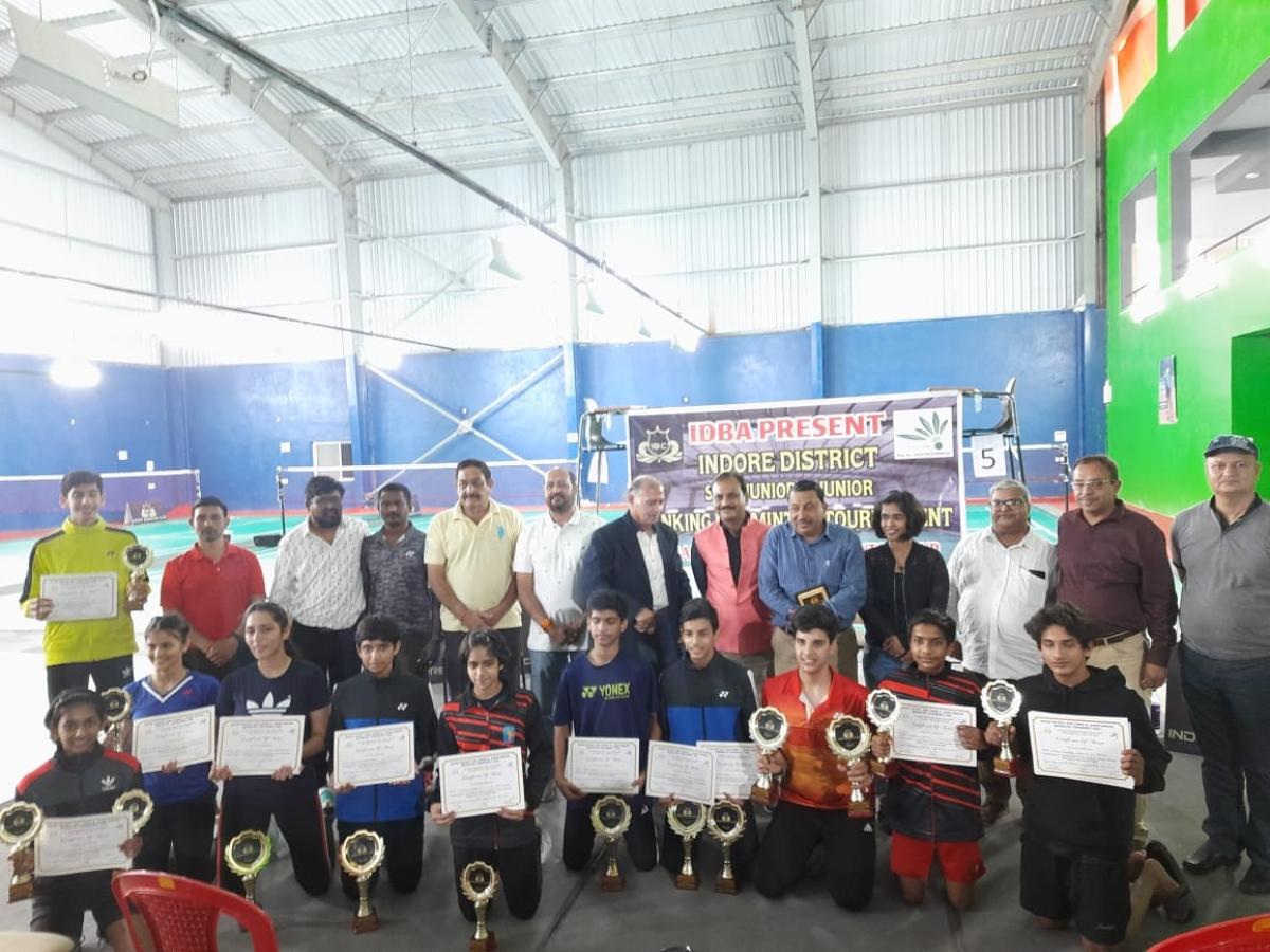 Badminton champions