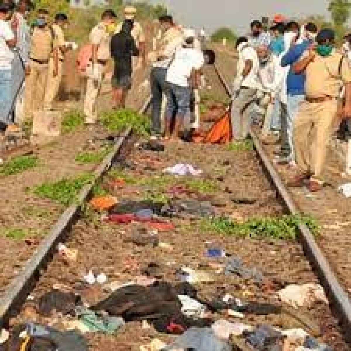 Madhya Pradesh: 10 months on, kin of  men run over by train in Maharashtra, await death certificates