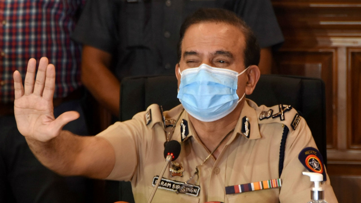 Mumbai: Police Inspector Bhimrao Ghadge records his statement with CID in probe against Param Bir Singh