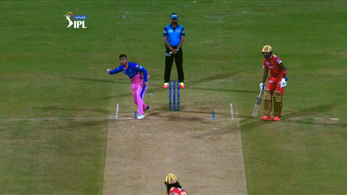 'We've found a new Kedar Jadhav': Twitter reacts to Riyan Parag's unique bowling action against Punjab Kings