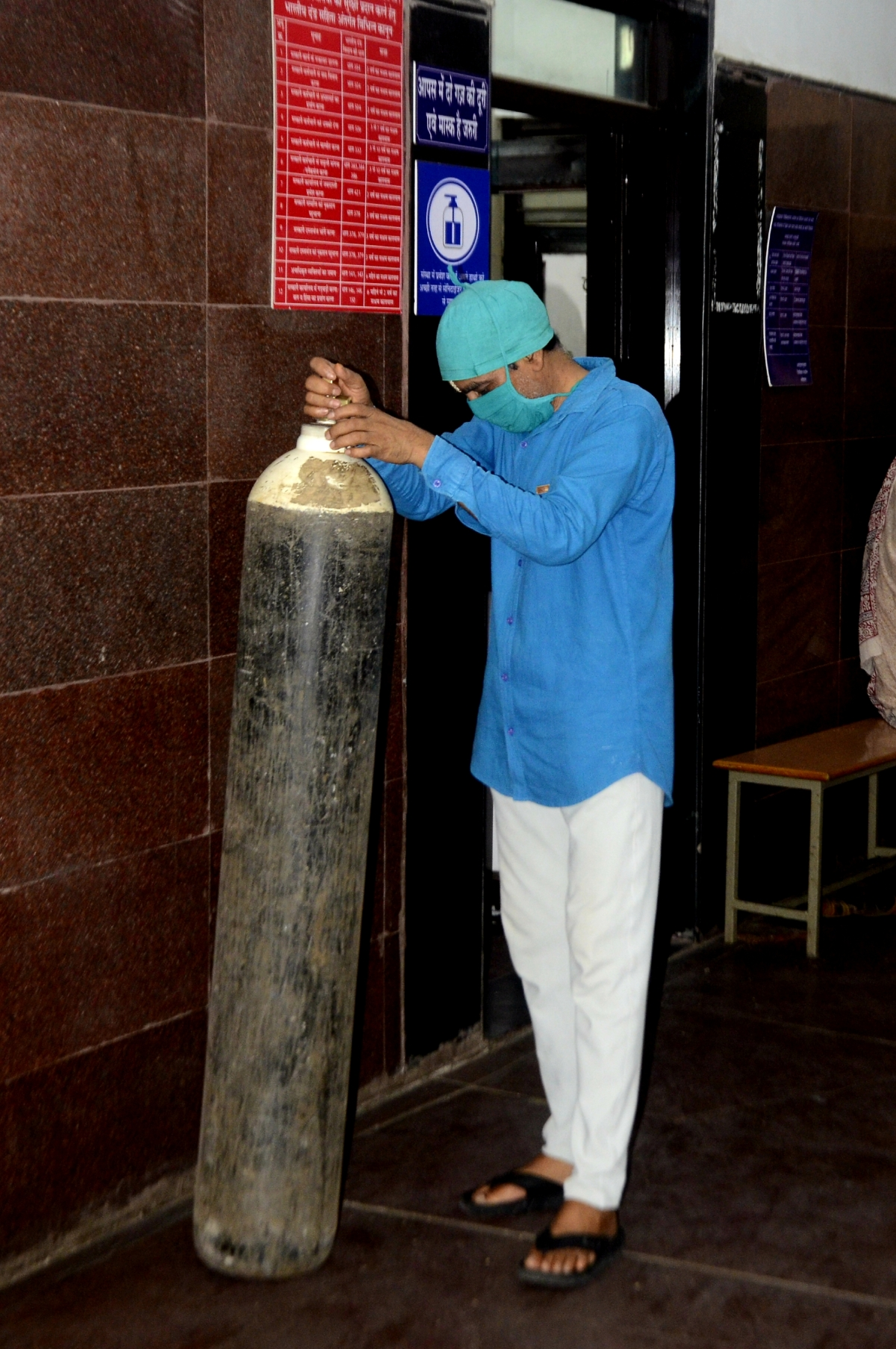 Dearth of oxygen despite Madhya Pradesh government's claim of normal supply