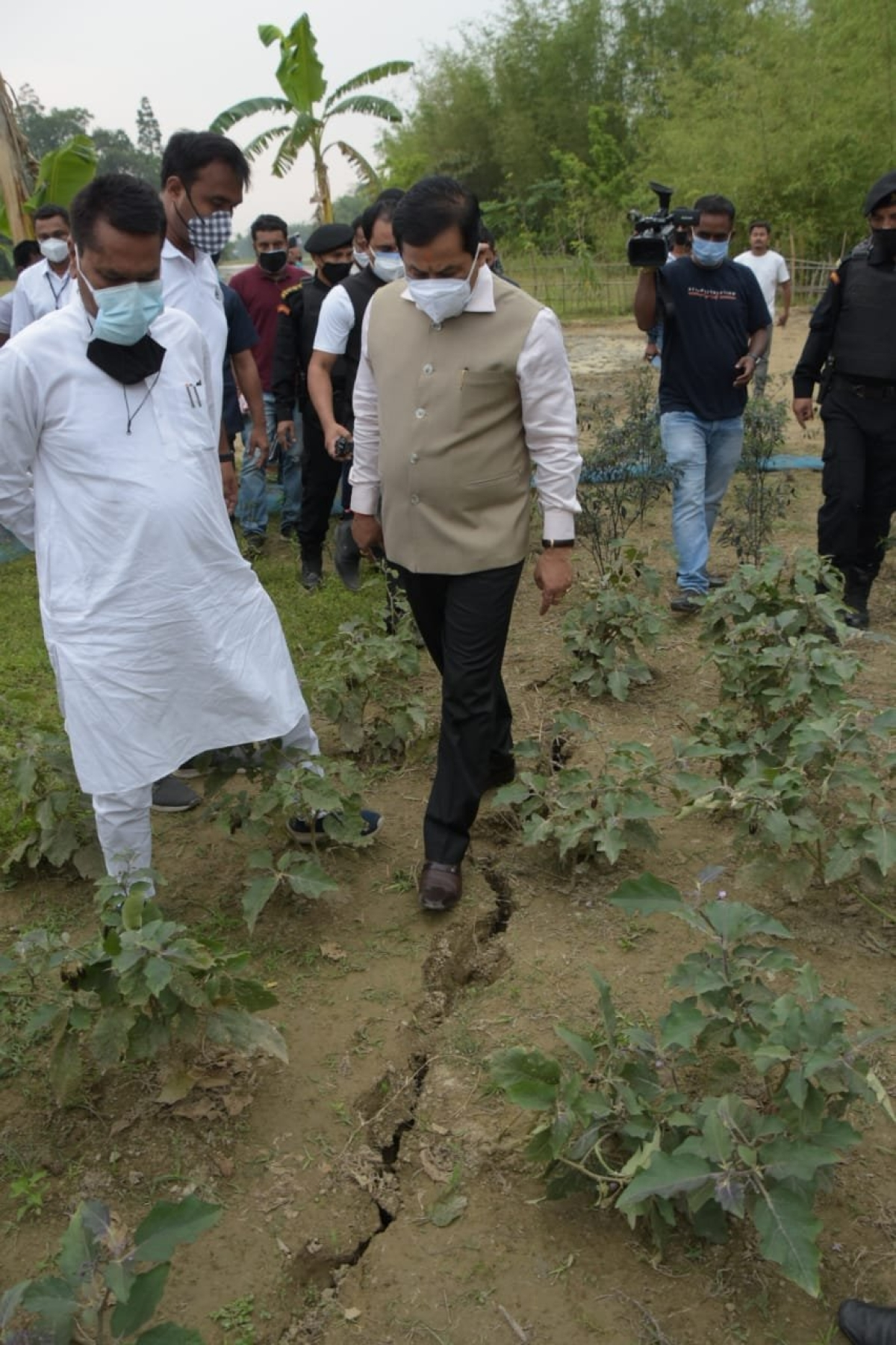 Assam CM Sarbananda Sonowal visited Dhekiajuli and its adjacent areas near the epicenter of the earthquake that struck the state on Wednesday.
