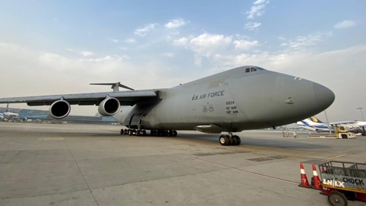 First US emergency relief shipment arrive in India as COVID-19 cases hit new record