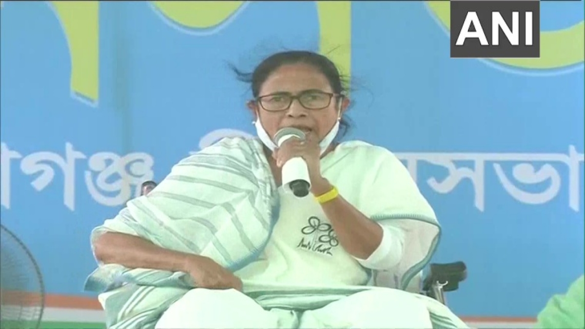 Why didn't Modi make plans to stop COVID-19 in last 6 months: Mamata Banerjee attacks PM, says he's responsible for second wave